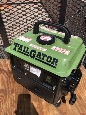 Small generator excellent condition great for camping or emergencies for Sale in Waterford Township, MI