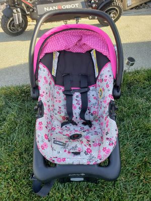 Baby/Infant car seat for Sale in Concord, CA