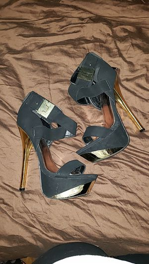 Black & Gold stilettos, sz 9 for Sale in Conway, AR