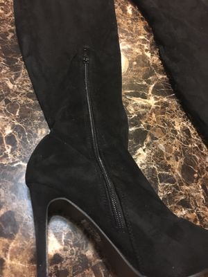 Thigh high heel boots size 9 for Sale in Orlando, FL