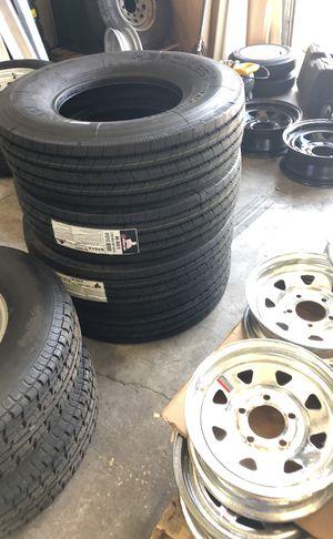 Heavy duty 14 ply trailer tire. LT235/85/16. Radar heavy duty for Sale in Dover, FL