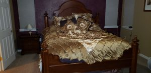 "Lexington ""Vestiges of the Past"" 5-piece solid wood bedroom set for Sale in Lakewood, CO"