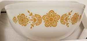 Pyrex Cinderella bowl butterfly white and gold for Sale in Stafford, VA