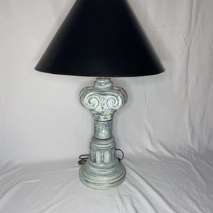Vintage Lamp for Sale in Glen Burnie, MD