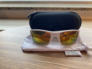 Oakley Fuel Cell Sunglasses -White for Sale in Salt Lake City, UT