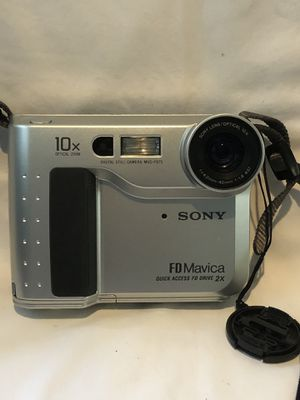 Vintage Sony FD Mavica digital camera 1990's for Sale in NW PRT RCHY, FL