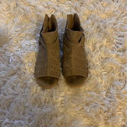 Kids Dress Shoe for Sale in Tacoma,  WA