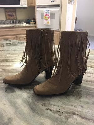 Boots. Size 9 for Sale in Port Charlotte, FL