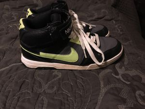 Men's Nike shoes size 7 for Sale in Mount Oliver, PA