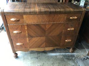Antique dresser for Sale in Tacoma, WA