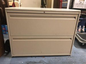 File Cabinet - Lateral, 2 Drawer for Sale in Martinez, CA
