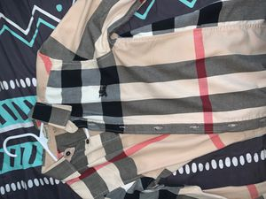 Burberry button up Shirt for Sale in Federal Way, WA