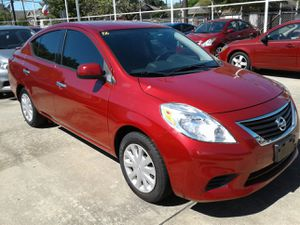 2014 NISSAN VERSA CLEAN TITLE LOW DOWN for Sale in Houston, TX