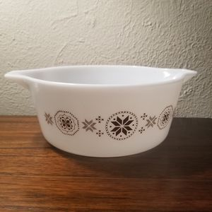 Fall Pyrex Dish 475-B Town Country Brown 2½ qt Casserole Serving Bowl Dutch Hex for Sale in DeSoto, TX