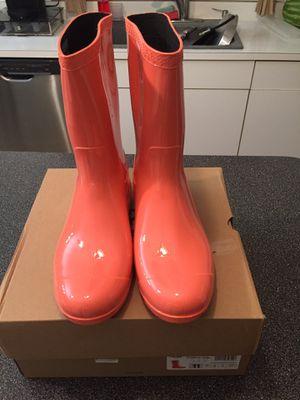 UGG rain boots for Sale in Lathrup Village, MI