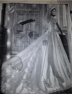 Ginza Collection Wedding Dress - Preserved! White for Sale in Miami, FL