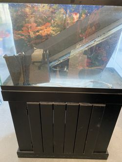 30 gallon aquarium/stand/accessories for Sale in Clovis,  CA
