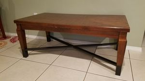 Large coffee table for Sale in Plantation, FL