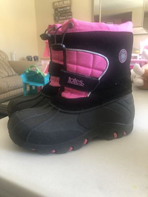 Kids snow boots for Sale in Grand Terrace, CA