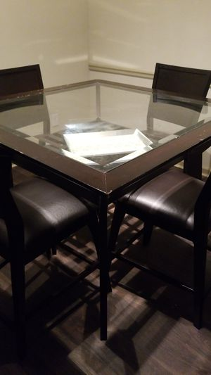 Dining Table w/ 4 Chairs for Sale in Atlanta, GA