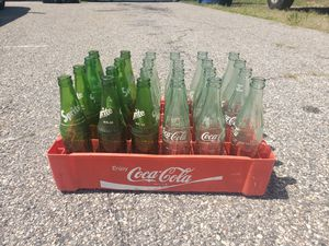 Vintage Sprite and coke bottles. for Sale in Grand Rapids, MI
