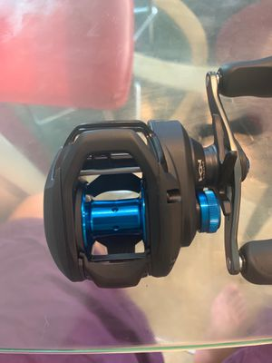 FISHING REEL SHIMANO 150 HG SLX for Sale in Fort Myers, FL