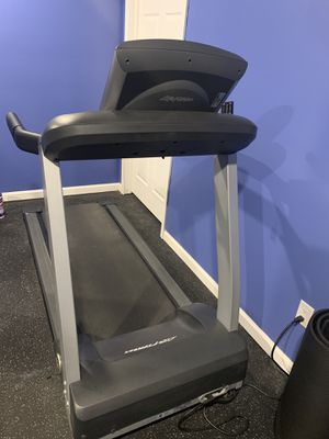 Life fitness treadmill for Sale in West Bloomfield Township, MI