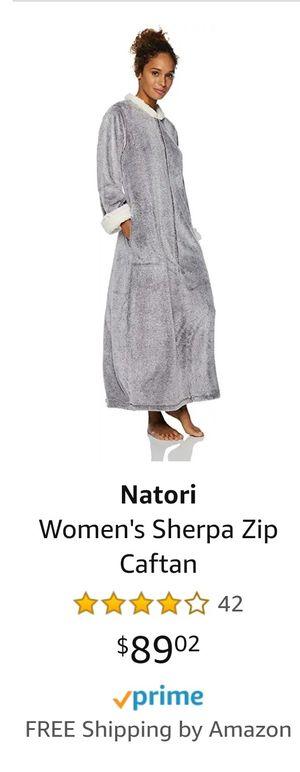 Natori Woman's Robe Size Large for Sale in Phoenix, AZ