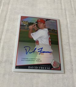 2008 David Freese Topps Chrome Certified Autographed Rookie Baseball card 381/499 for Sale in Brea,  CA