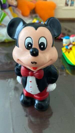 1986 Tootsietoy Walt Disney MICKEY MOUSE Mickey's Bubble Blower Action Figure for Sale in Crandall, TX