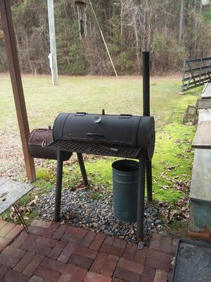 Heavy smoker/pit. Made from pipeline pipe. for Sale in Homer, LA