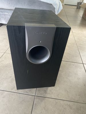 Onkyo Powered Subwoofer -550 for Sale in Valrico, FL
