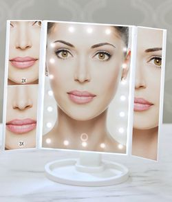 MAKEUP lightMIRROR for Sale in Los Angeles,  CA