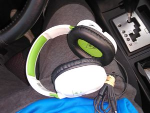 Xbox one headset for Sale in Gresham, OR