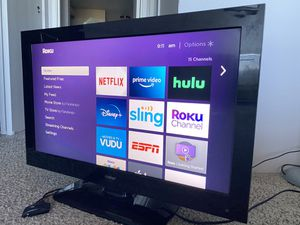 32 inch led tv with Roku smart for Sale in Denver, CO