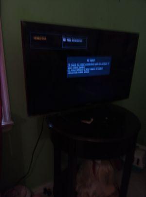 32 inch Samsung TV for Sale in Oklahoma City, OK