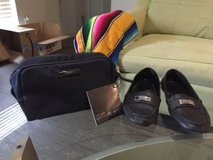Black leather COACH slippers (5.5) & MICHAEL KORS on the move container for Sale in Austin, TX