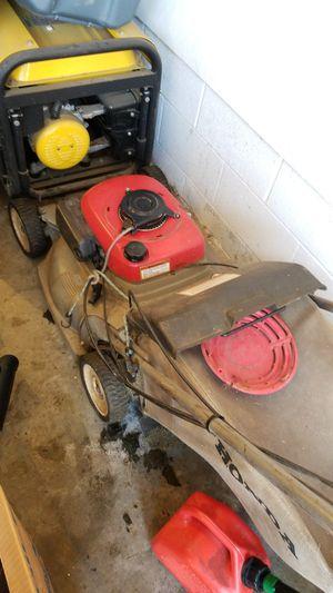 Honda lawn mower for Sale in North Huntingdon, PA