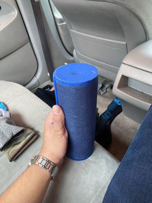 Megablast and bose speaker combo for Sale in Miami, FL