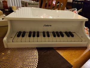 my first piano read the description for Sale in Rialto, CA