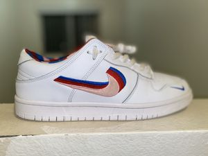 Nike sb x parra dunks for Sale in Los Angeles, CA