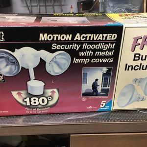 Motion activated security floodlight for Sale in Milton, FL