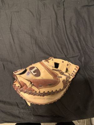 Louisville FPA205Y Catchers glove for Sale in San Dimas, CA