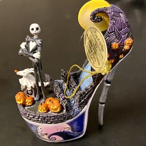 "Nightmare Before Christmas ""Delightfully Frightful"" High Heel Ornaments for Sale in Kissimmee, FL"