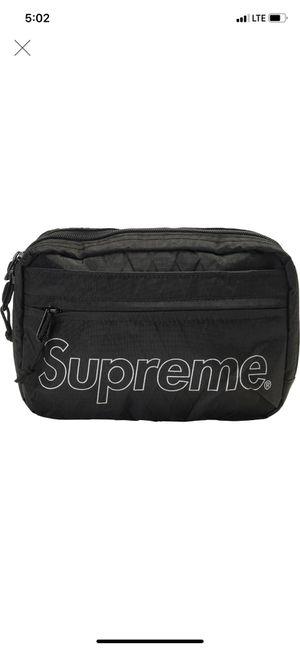 Wts supreme shoulder bag for Sale in Honolulu, HI