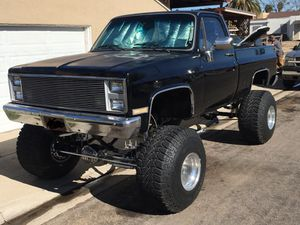 HOT MONSTER TRUCK - lifted '86 Chevy C10 ShortBox 4x4 for Sale in El Cajon, CA