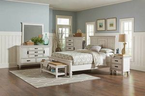 4 pc Francis II antique white finish wood queen bed set with louvered look for Sale in Naples, FL