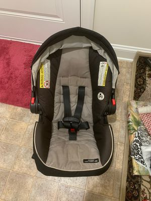 Graco baby car seat for Sale in Manassas, VA
