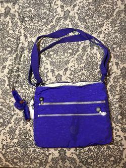 Kipling purple nylon a large shoulder bag for Sale in Pittsburgh,  PA