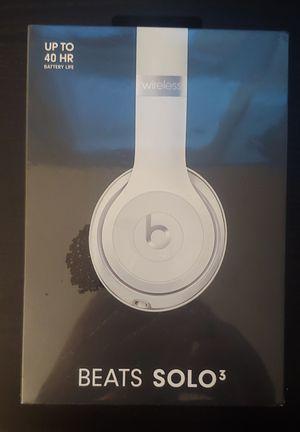 Beats Solo 3 White Brand New for Sale in Des Plaines, IL